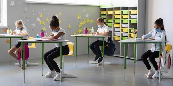 Distanciation sociale obligatoire à l'école